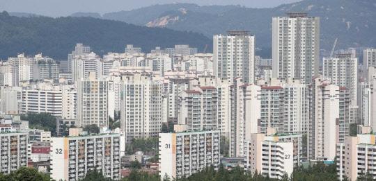 """""""규제가 매수세 불렀다""""…부동산 큰손들, 전국 아파트 쇼핑 열기 `후끈`"""